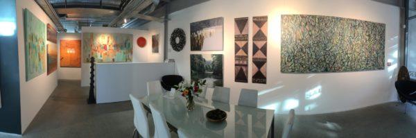 Visit the art gallery - Mobile Art Gallery - Main room